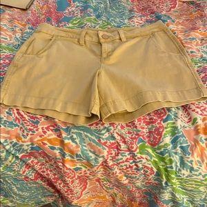True craft women's khaki shorts